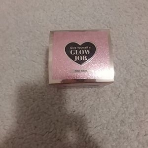 NWT Too Faced